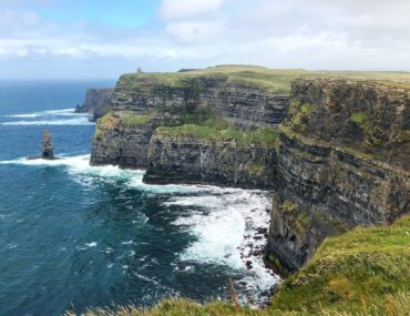 a Beautiful clear view of the 700 feet tall Cliffs of Moher, Ireland